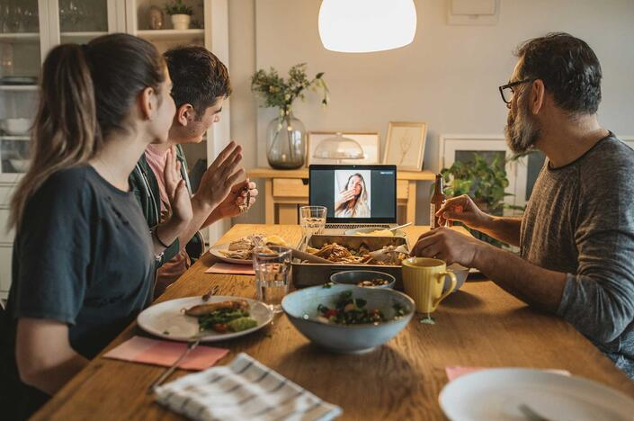 10 Ways to Celebrate Mother's Day Virtually