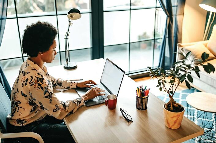 5 Tips to Keep You on Track While Working from Home