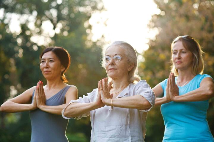 5 Ways Meditation Benefits Seniors