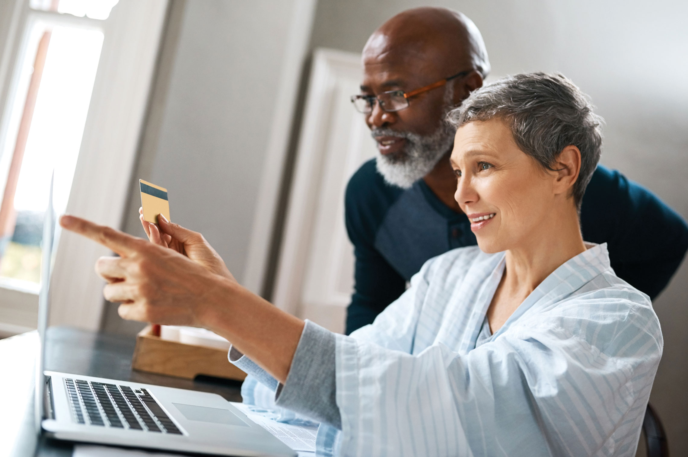 A Few Helpful Tips to Protect Yourself From Identity Theft