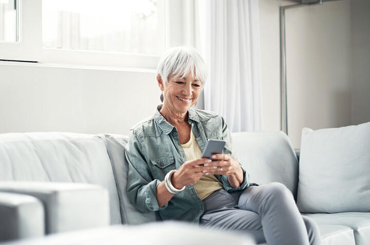 """""""Single Senior Seeks…"""" – Popular Dating Tools for the 50+ Crowd"""